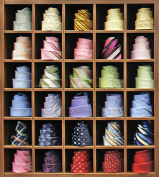 V poslednom období sa zameriavame na výrobu firemných (logo) kravát a šatiek  a doplnkov podľa návrhov spoločností 03482149c1